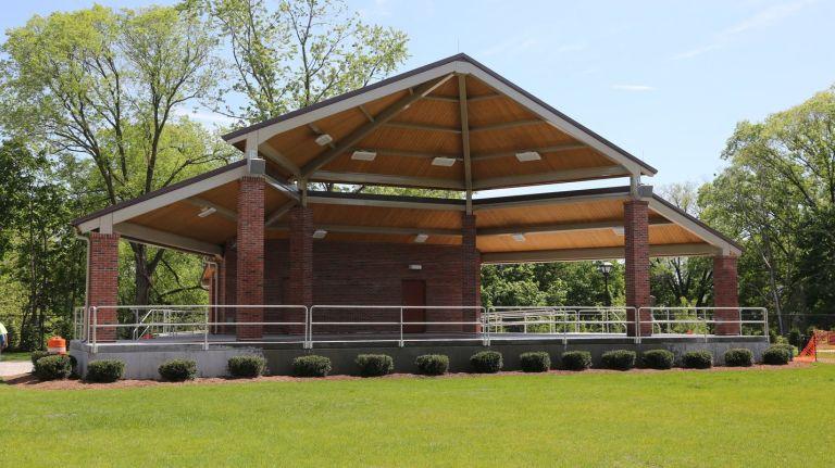 Mineola Memorial Park Amphitheater